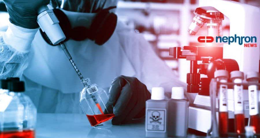επιστήμονας που κάνει έρευνα σε φαρμακευτικό εργαστήριο με μάσκα και στολή
