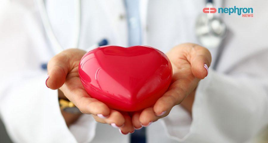 γιατρος προσφερει καρδια