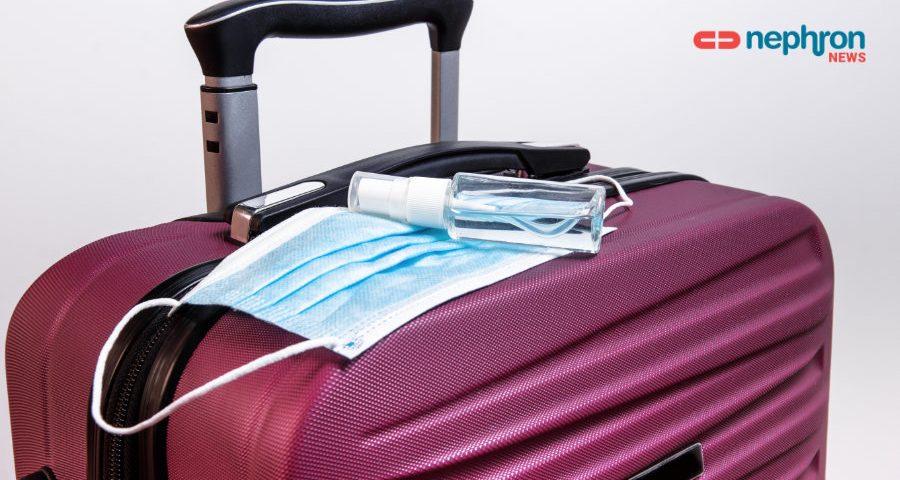 βαλίτσα με μάσκα και αντισηπτικό