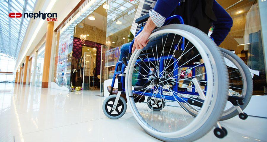 αναπηρικό καροτσάκι σε εμπορικό κεντρο