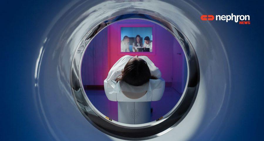 ασθενής σε μαγνητικό τομογράφο