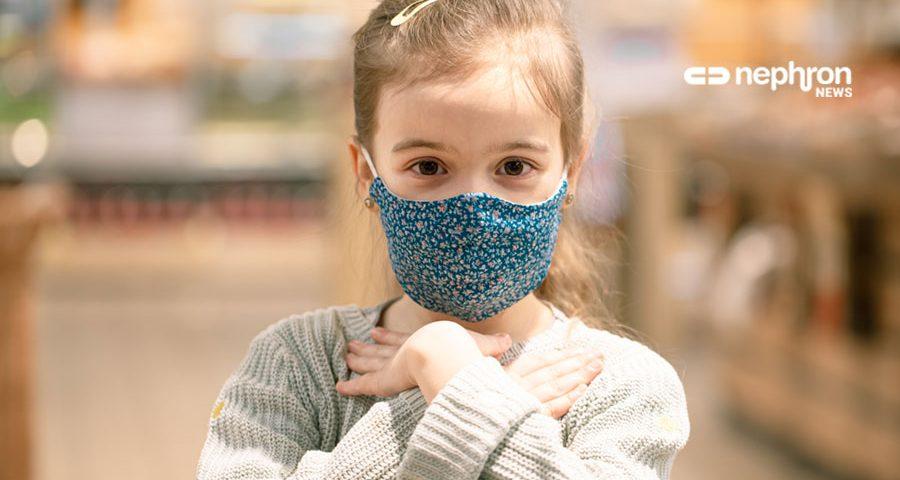 κορίτσι με μάσκα