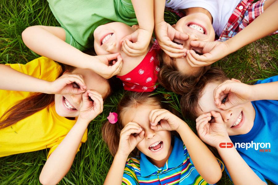 χαρούμενα παιδιά