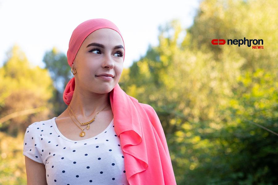 κορίτσι με ροζ μαντίλι