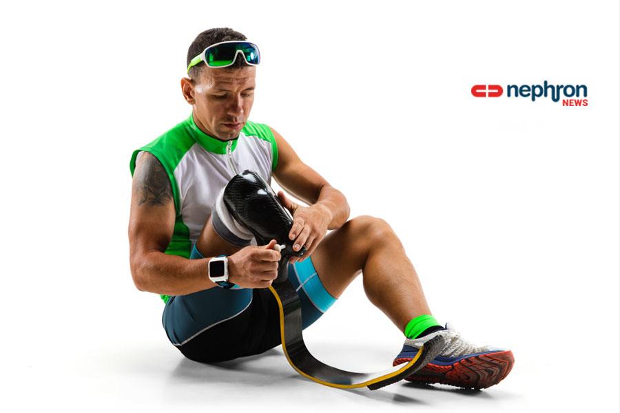 Ένας νέος «έξυπνος» εξωσκελετός βελτιώνει σημαντικά τη βάδιση των ασθενών με ακρωτηριασμό πάνω από το γόνατο